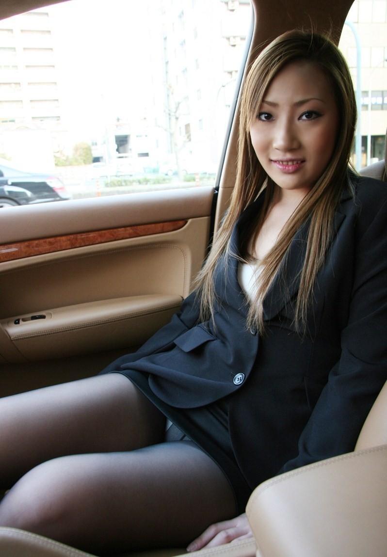 Japanese girl shopping in tokyo in mini skirt - 1 7